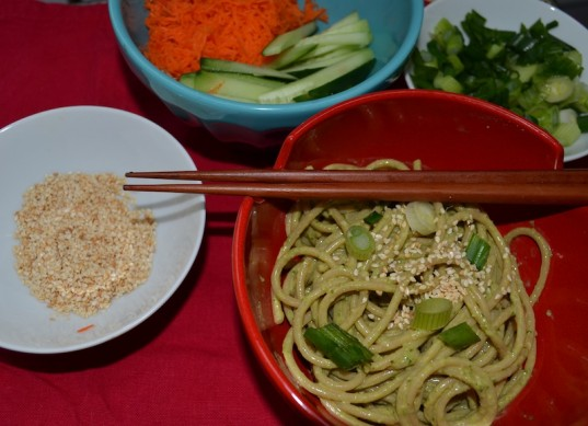 spinach sesame noodles, vegetarian, Chinese New Year, vegetarian Chinese