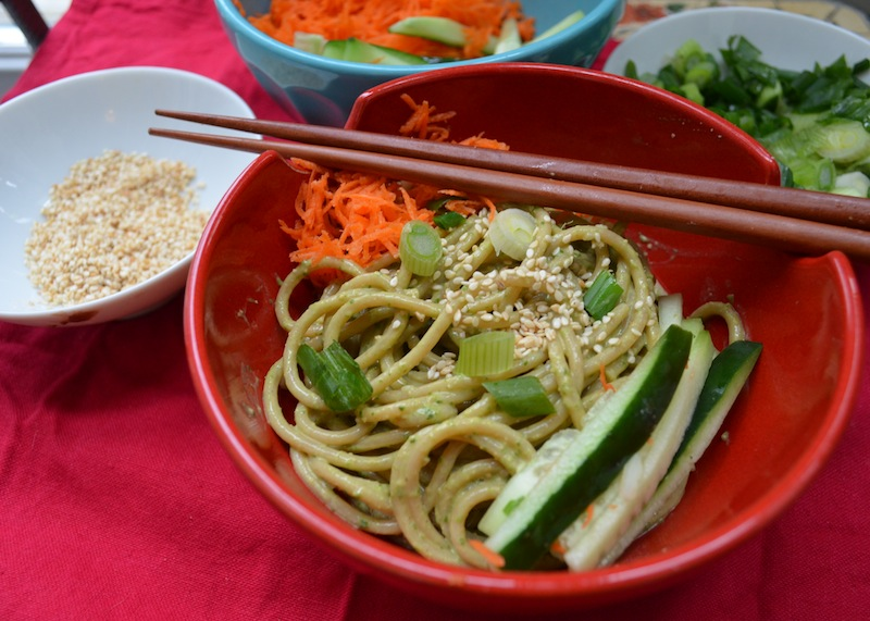 How to make vegan sesame spinach noodles to celebrate chinese new cooking forumfinder Image collections