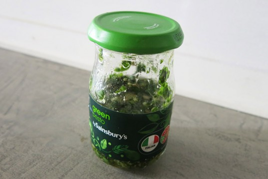 pesto, inhabitots, garlic, basil, chunky, italian, sunflower seeds,