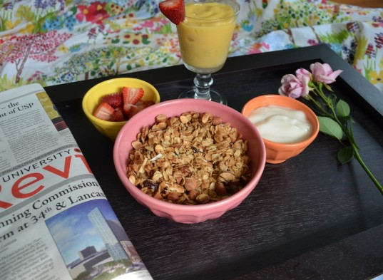 granola and smoothie, mother's day breakfast, vegetarian, recipes