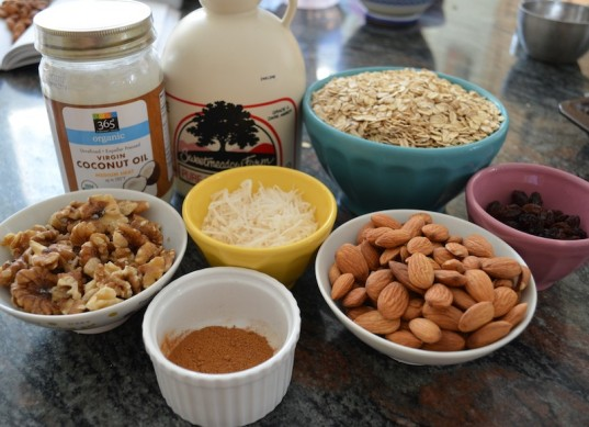 granola, mother's day breakfast, easy mother's day breakfast, baking