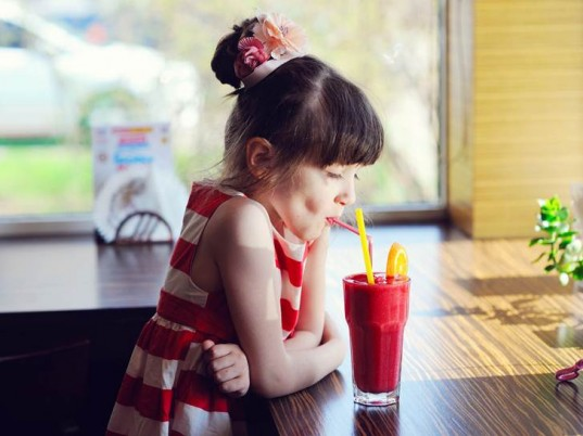 picky eater, picky eating, picky kid, kids won't eat, whining at meals, picky mealtime, mealtime drama, whiny kids, picky child, kid won't eat, get kids to eat, food freedom, food choices, kids and food, healthy meals, healthy kid