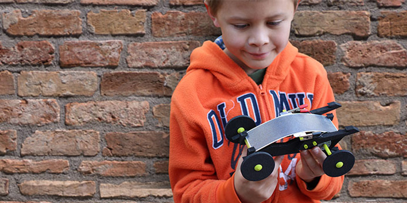 Volta Racers Solar Powered Toy Cars Teach Kids About Renewable Energy