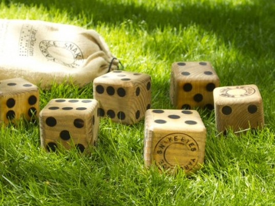 yard dice, family friendly outdoor games, outdoor games, board games, Jeremy exley, backyard games, family games