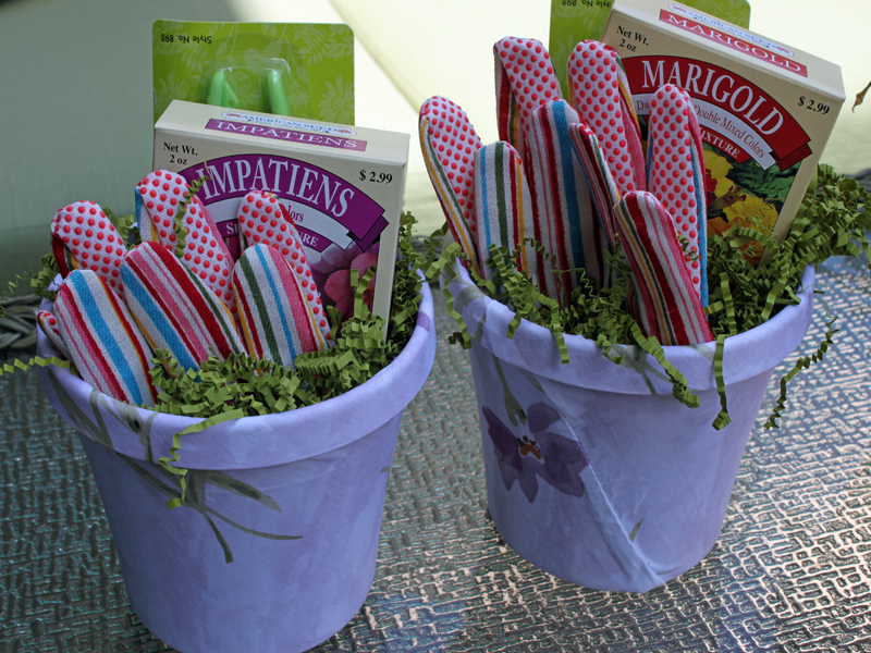 How To Upcycled Old Flower Pots Into Fun Mothers Day Gifts From The Kids 8