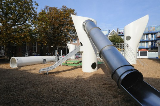 play, playgrounds, green building, green playgrounds, Netherlands, wind turbines, upcycled, exercise
