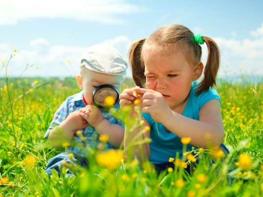 allergic reactions in kids, avoid bugs, bee repellent, bug bite myths, bug bite prevention, bug bite remedies, bug bite treatment, Bug bites, citronella oil, first aid for bug bites, first aid for bug stings, flea bites, identifying bug bites, kids and bugs, kids and nature, lyme disease, mosquito bites, mosquito repellant, natural bug bite treatment, natural bug repellents, natural bug spray, natural solutions, prevent bee stings, prevent bug bites, prevent bugs, prevent stings, repel mosquitoes, safe bug bite treatments, safe bug spray, spider bites, tick bites, what bug bites look like