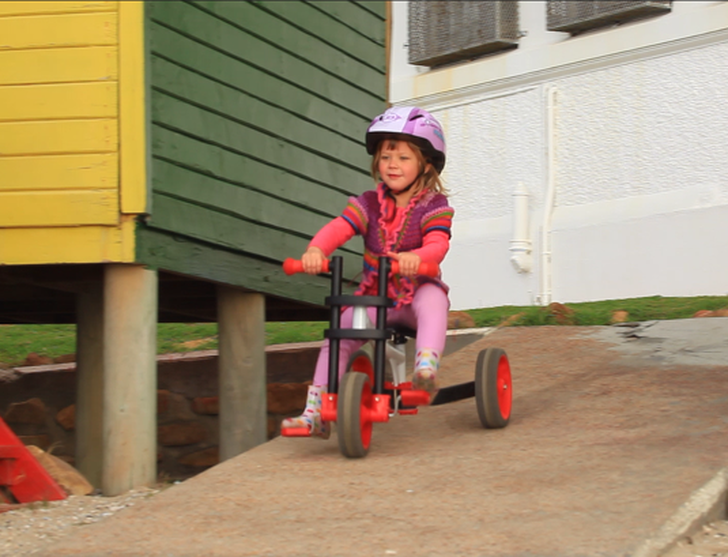 3-in-1 EVOLVE Bike Transforms to Suit Your Child's Evolving Bicycle Skills