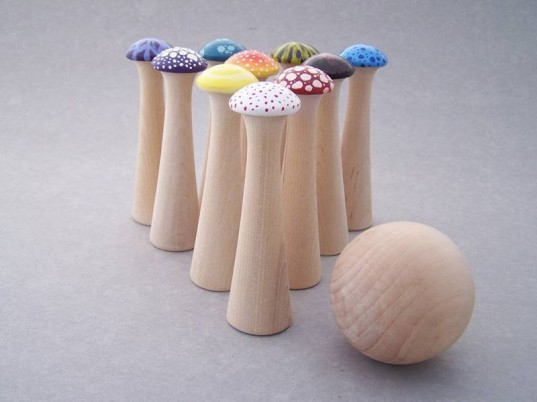 bowling for kids, toddler bowling, bowling pins, eco friendly, eco friendly bowling, eco kids, eco-toddler, gift, green kids, green bowling set, green toys for toddlers, free play, play dates, active play recycled packaging, waldorf, wood toy, wooden bowling set, wooden toys, woodworking, soft bowling set