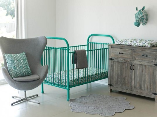 Incy interiors colorful metal cribs bring vintage charm to the nursery inhabitots - Vintage antique baby room ideas timeless charm appeal ...
