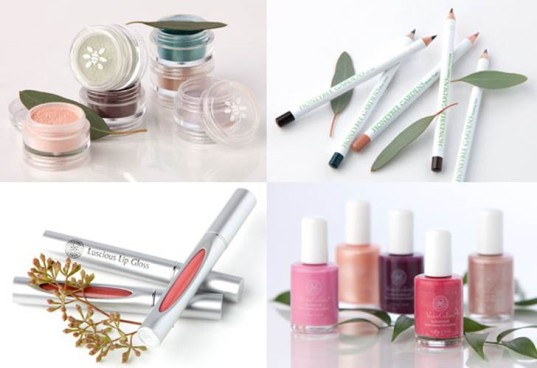 chemical make-up, eco makeup, green, green makeup, makeup for teens, makeup for tweens, non-toxic cosmetics, non-toxic nail polish, organic cosmetics, organic makeup, safe cosmetics, safe cosmetics for kids, safer makeup, Honeybee Gardens - safer cosmetics for kids