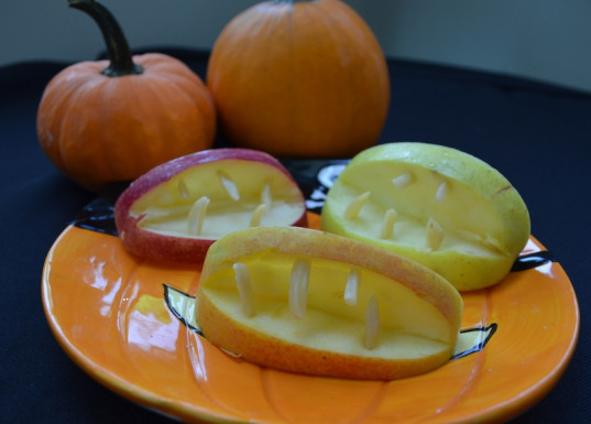 apple and almond mouth, Halloween snacks, healthy Halloween snacks, food