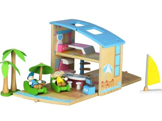 green toys, eco toys, boxset, toys in a box, box play set, castle playset, dollhouse, farm house toy, fairy toys, beach house toy, wooden toys, sustainable toys