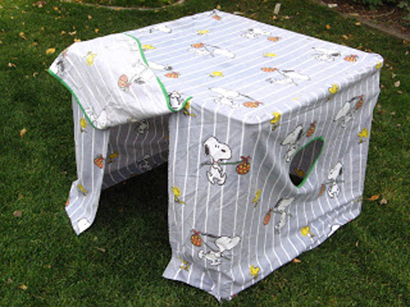 RELATED | Kids Can Build Creative Forts With PL-UG Building Kits & 10 DIY indoor forts u0026 play spaces | Inhabitots
