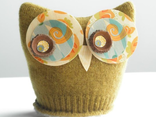 organic owl, wooden owl, owl stocking stuffers, owl gifts for kids, owl figures, wool felt owls, earth friendly owl toys, eco christma, eco owls, eco-friendly holiday, Eco-friendly Owl Gifts, green holiday gifts, green owl gifts, owl rattle, owl clips, owl plushie
