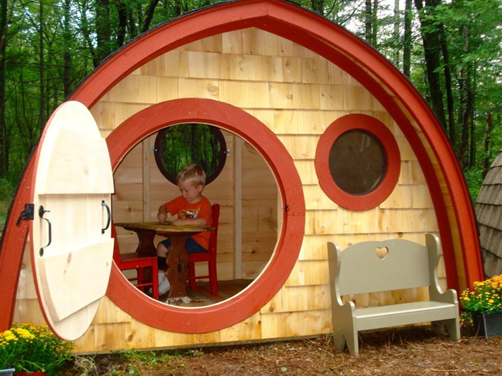 Hobbit Hole House 14 delightful hobbit hole homes that will become your child's