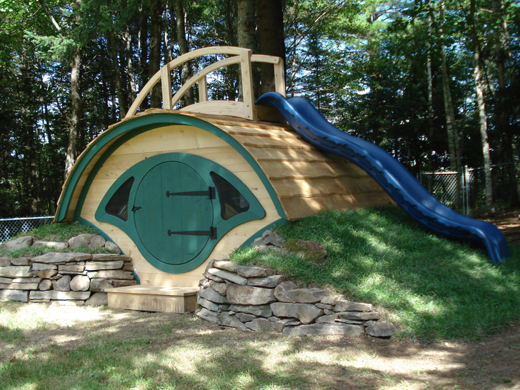 Hobbit Homes 14 delightful hobbit hole homes that will become your child's