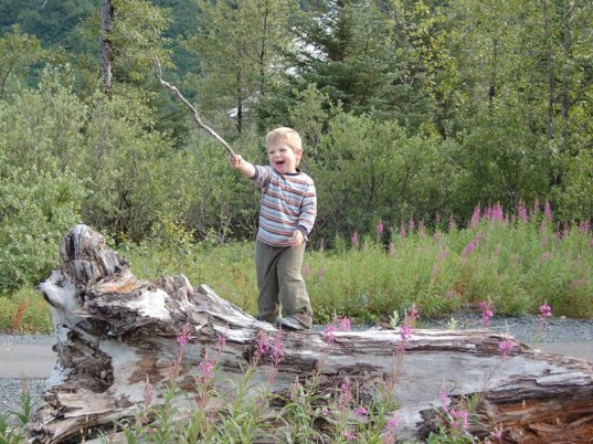 outdoor play, nature, kids entertainment, eco play