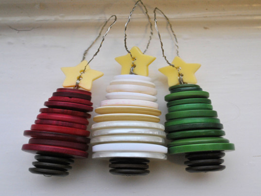 eco kids, green kids, eco baby, green baby, eco families, green families, how to, crafts, diy crafts for kids, holiday crafts, recycled ornaments