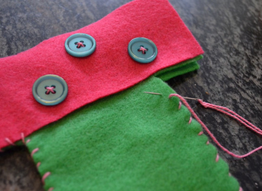 stockings, green holiday ideas, crafts, diy kids' crafts