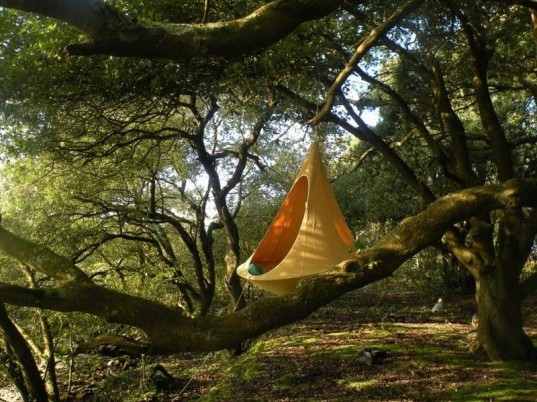 outdoor bed for kids, tent swing, hanging tent, tents, creative furniture, green design, inventive seating, modern bed, swinging tent, outdoor swing, sustainable design, cacoon, cacoon hammock, hanging tents