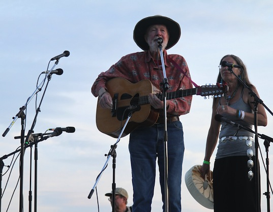pete seeger,eco pioneer, parenting, eco role model