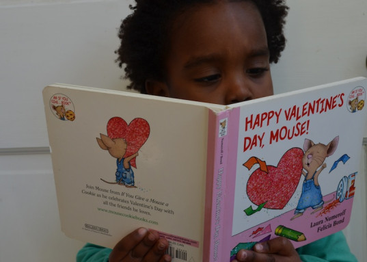 books, eco-friendly Valentine's Day gifts, green holiday ideas for kids, reading