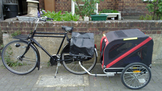 bike trailer, bike gear, getting in shape as a busy parent, fitness, healthy parents