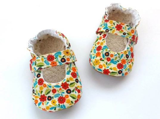 eco kids, eco shoes for kids, eco baby shoes, green baby shoes, eco-friendly shoes for kids, green design for kids, green kids, green kids shoes, safe baby shoes, scooter booties