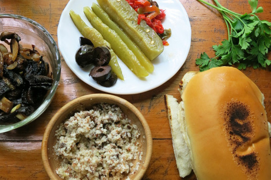 Vegan Philly Cheese Sandwich, vegan cheese spread, greasy sandwich, healthy take on a classic, pickled cucumber, filling sandwich, recipe for Father's Day, how-to, healthy recipe, vegan cooking
