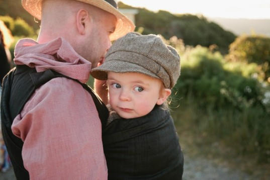 babywearing, baby carriers, slings, dads, fathers, attachment parenting