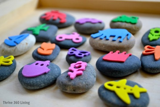 rock crafts, crafts with rocks, pepple art, rock art, rock crafts, crafts for kids, nature crafts, rock games, yarn rocks, wool felt rocks, rock stamps, kid crafts, kid nature crafts