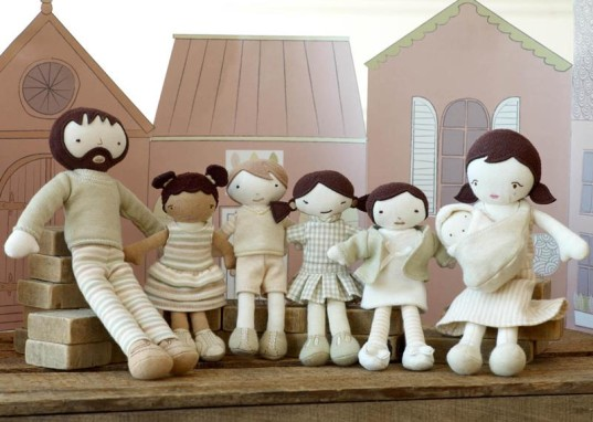 world family, organic fabric, organic material, organic dolls, recycled dollhouse, eco dollhouse, green dollhouse, dollhouses, dollhouse dolls, natures purest