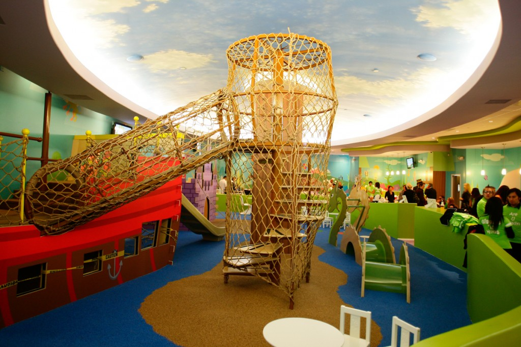 10 gorgeous indoor play spaces that will delight kids for Inside play areas