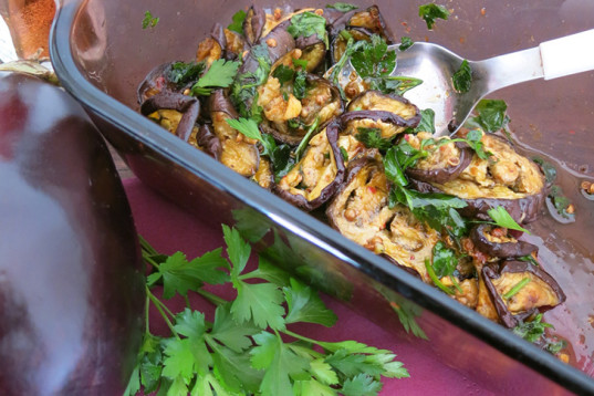 Moroccan-style eggplants, roasted eggplants, sweet and spicy, vegan recipe, how-to