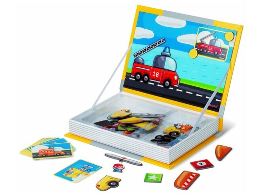 screen free, screen free toys, limit screen time, magnet boards, pretend laptop, magnet laptop, wooden toys, non-toxic toys, educational toys