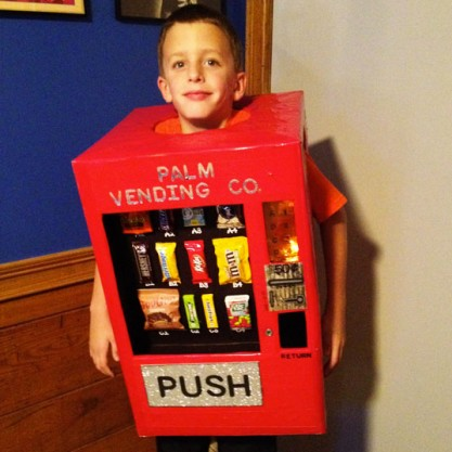 sc 1 st  Inhabitat & Vending Machine Halloween Costume | Inhabitots