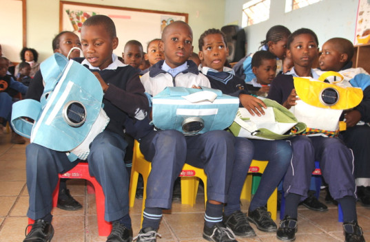 Repurpose Schoolbags, Rethaka, South Africa, philanthropic programs, recylced plastic shopping bags, recycled plastic, solar power, solar powered reading light, safety, backpack, schoolbag, school