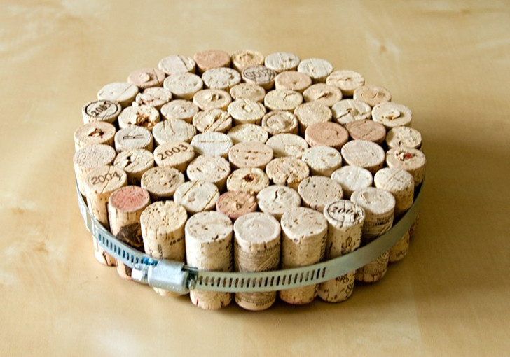 12 Cool And Creative Gifts You Can Make From Upcycled Wine