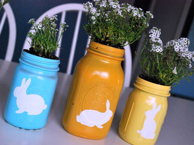 16 kid-friendly recycled Mason jar crafts and projects
