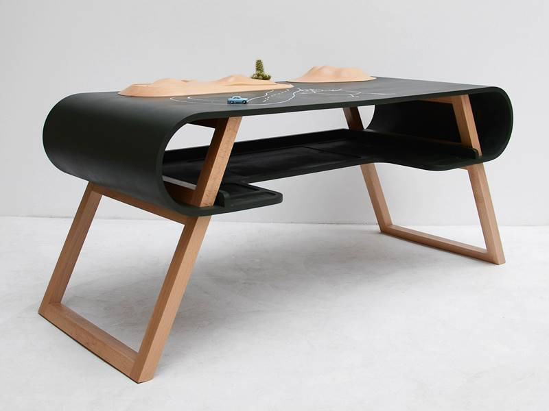 Stylish Desk kids furniture | inhabitots