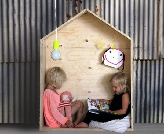Luona Handmade, wooden bed, wooden cot, baby cot, wooden playhouse, playhouse, outdoor playhouse, eco-friendly furniture, eco-friendly kids, green furniture, kids furniture