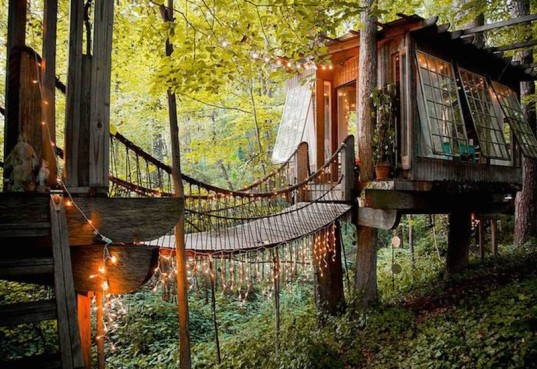treehouse, magical houses, fairy house, treehouse design