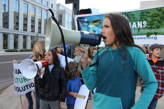 Xiuhtezcatl Martinez, Xiuhtezcatl Tonahtiuh, Xiuhtezcatl, Earth Guardians, kids sue president obama, kids petition to presidential candidates, kids demand action on climate change, child activists, young environmental activists, teenage environmental activists, petition, kids petition