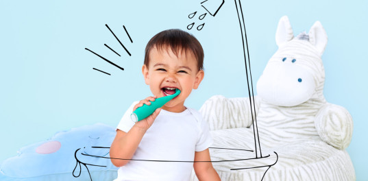baby teeth, brushing baby teeth, how to clean baby teeth, foreo issa mikro, electric toothbrushes for babies, electric toothbrushes for kids, kids toothbrush, baby toothbrush, first toothbrush, crowdfunding, oral health, oral hygiene