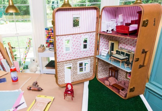 Shoe Box Dollhouse Craft For Kids: 20 DIY Dollhouses That Are Eco-friendly, Affordable And