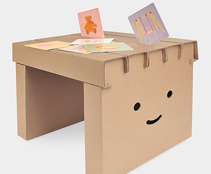Recyclable Diy Desk And Chair Set Brings Smiles To Study