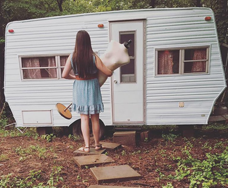 14 year old transforms a 1974 wilderness camper into a dreamy 14 year old transforms a 1974 wilderness camper into a dreamy glamper inhabitots solutioingenieria Images