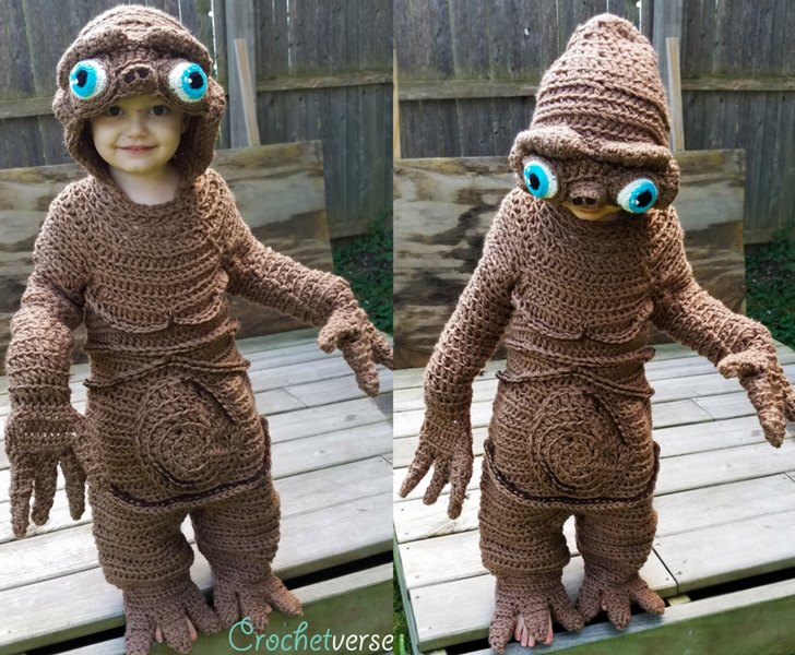 green halloween  sc 1 st  Inhabitat & Crafty mom makes out of this world crocheted E.T. costume for her ...