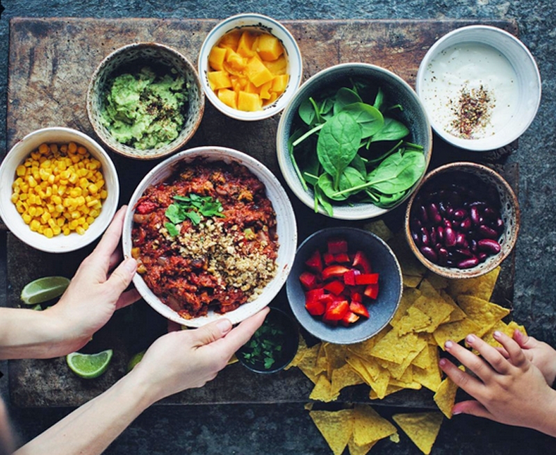 8 instagram accounts to follow for vegan food inspiration